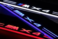 BMW X4 2013-2015에 대 한 led 가벼운 스커프 페달 자동차 아크릴 주도 문틀 환영 페달을 이동하는 LED