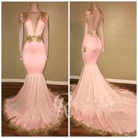 2020 Nuovo sexy Aperto Abiti da sera rosa Sirena Deep Neck Maniche lunghe Maniche lunghe Appliques Sweep Sweep Train Formale Prom Gowns