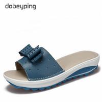 2018 новые женские сандалии корова кожа женщины квартиры обувь платформы клинья женские слайды пляж шлепанцы летняя обувь Леди 35-42
