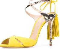 التجارة الخارجية تصدير النساء الصنادل الصيفية الأحذية النسائية أنيقة عالية الكعب الأحذية فم السمكة هامش الصنادل