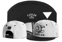 Nouveau Cayler Sons Snapback Cap Outdoor Cap Hommes et Femmes Réglable Hip  Hop Noir Snap Back 854836ede3ea