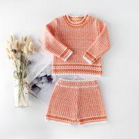 2 조각 세트 어린이 의류 소녀 소년 뜨개질 세트 긴 소매 중공 셔츠 + 짧은 어린 소녀 의류 세트