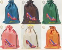 100pcs / ot trasporto veloce 37 * 27 centimetri stile cinese Embroiderd Sacchetti di immagazzinaggio di seta floreale con coulisse sacchetto sacchetto della biancheria intima