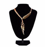 Joli collier tour de cou en alliage plume déclaration colliers pendentifs corde vintage chaîne en or collier femmes accessoires en gros bijoux