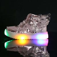 EU21-36 أحذية الأطفال مع ضوء الموضة متوهجة أحذية رياضية بنين ليتل بنات أحذية أجنحة قماش الشقق ربيع الأطفال تضيء الأحذية