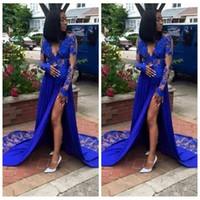 2021 Sheer manches longues Royal Blue Black Girls Party robe de bal Une ligne dentelle d'or col en V avant Appliques de Split Plus Size Party Robes de soirée
