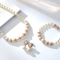 Nouveau Rétro Imitation Perle Collier Boucle D'oreille Bracelet Bijoux Or Rose Couleur Luxueux Bijoux De Mariage Ensembles pour Les Femmes