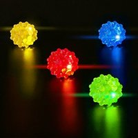 glow up toys LED lampeggiante Strawberry Finger Ring Bar Rave Light Up LED lampeggiante Jelly Bumpy Rings per Prom Party Regalo di Natale