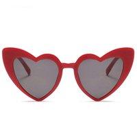 Aşk Kalp Güneş Kadınlar sevimli seksi retro Vintage ucuz Yeni Moda Plaj tatil parti Güneş Gözlükleri kırmızı kadın