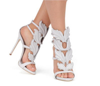 2018 Designer Flame metal leaf Wing Sandali con tacco alto Oro Nude Black Party Events Shoes Size 35 to 40