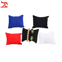 Scatola di supporto per cuscino per organizzatore di cuscini per display a catena di perline per orologio da polso in velluto con cinturino