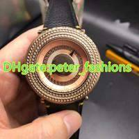 Reloj de cuero de lujo de la venta caliente a estrenar reloj de pulsera masculino tabla de estilo único clásico reloj de pulsera de ocio de alta calidad