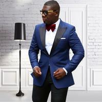 New Fashion Bleu Marine Marié Tuxedos Peaked Revers Groomsmen Hommes D'affaires Formelle Costume Party Prom Suit (Veste + Pantalon + Noeuds Cravate) NO: 115