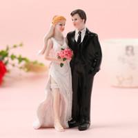 FEIS 2019 hotsale resigh romantico sposa e sposo in piedi insieme decorazione della stanza regalo di nozze fornitore torta cake topper