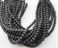 4 6 8 10 millimetri Roccia vulcanica Perline di pietra naturale di lava Perline allentati neri 2018 Moda gioielli braccialetto DIY che fa commercio all'ingrosso