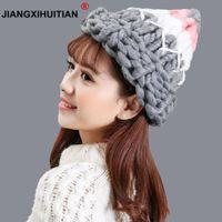 jiangxihuitian donne inverno caldo cappello di lana fatti a mano a maglia linee grigie cappelli cavo berretto a maglia di colore della caramella berretti uncinetto tappi D18110102