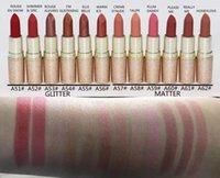 12pcs Nuovo Trucco Jenner Edizione Holiday Edizione San Valentino Compleanno Edition LipstickCosmetics Matte Rossetto Impermeabile 12 colori