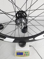 شحن مجاني! [هد] عجلات الكربون الفاصلة 88mm أنبوبي تعقب دراجة الكربون عجلة 700C 23MM عرض المسار والعتاد الدراجة الثابتة