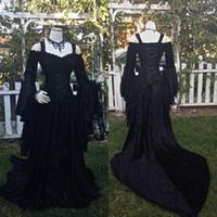 빈티지 블랙 고딕 양식의 웨딩 드레스 A 라인 중세 오프 법원 기차 맞춤 제작과 어깨 스트랩 긴 소매 코르셋 신부 가운