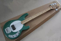 Venta al por mayor - Free Sting Ray Ray 4 String Music Man Hombre Integrista Pickup Green Electric Guitar Maple Neck
