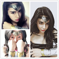 Z&F Wonder Cosplay wigs With Headband Wrist Guard Wave 26 in...