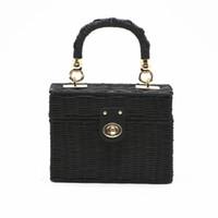 454c72f63 Nueva rota paja negro bolso de hombro mujeres Messenger Bag tejida a mano  Summer Beach caja cuadrada bolso de paja para dama Bolsa Feminina