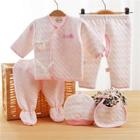 Neugeborenes Baby Kleidung Winter Fünf-Stücke Layette Set Rosa Grün Baby Mädchen Kleidung Baumwolle Super Soft Inc Top 2 Hosen BIB Hut