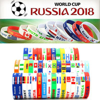 2018 Russia Coppa del mondo braccialetti sportivi Molti paesi bandiere nazionali in silicone Wristband Per tifosi di calcio Calcio Souvenir Sport polso