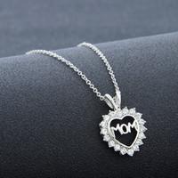 """Amor moderno """"Mamá"""" Collar con el corazón lleno de cristal Regalos para el día de la madre Collares Los mejores regalos para la mamá"""