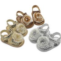 Mode Leopard-Baby-erste-Walking-Schuhe Nette neugeborene Baby-Sommer-Sandalen Online Shopping Krippe Sole Walkers Schuhe für Babys 18062502