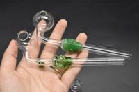 14cm Schöne farbige Skull Smoking Handle Rohre Curved Mini Hand Glasrohre Blown Recycler Delicate Portable Glasrohr Ölbrenner