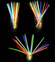 Glow Stick Armband 7.8''Multi Farbe Ketten Neon-Partei-Licht-Stock-Stab-Neuheit-Spielzeug
