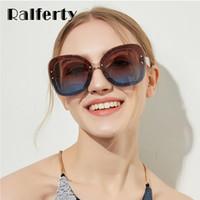 6e6e254c355 venta al por mayor 2018 Glitter Sunglasse mujeres diseñador Plástico Sun  Glasses UV400 gradiente femenino sombras
