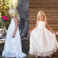 Boho Praia Country Flower Girls Dresses Para Casamentos 2018 Full Lace Halter Backless Andar de Comprimento Primeira Comunhão Vestidos Personalizados EN1197