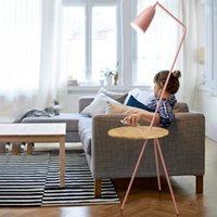 Северная гостиная спальня спальня тумбочка пола лампы цвета простой журнальный столик Macarons Hotel деревянные лампы
