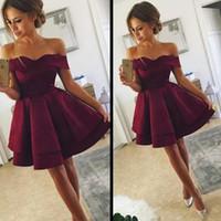 Vintage Dark Red Grape Cocktail Homecoming Sukienki Tanie 2019 Off Ramiona Krótkie Rękawy Linia Prom Party Wieczorni Suknie Suknie Czerwone Dywany