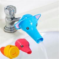 Nueva moda baño extensor de grifo para niños pequeños niños lavado de manos de dibujos animados grifo baño juguetes bebé mano lavado ayudante