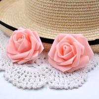 100pcs / Lot künstliche Schaum Rosen-Blumen-Kopf für Hochzeit Auto Dekoration DIY Garland Dekorative Floristik 6cm Fake Flowers Kopf
