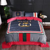 High End Crystal Velvet Bedding Suit Classics Stripe Fashion...