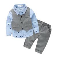 NEUES Ins scherzt Jungen-Kleidungs-Herrn-Satz-lange Hülsenumlegekragenstern-Druckjungenhemd + Hose + Westejungen-Kleidungssatz