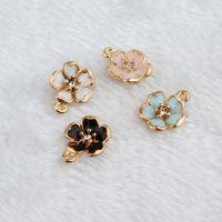 100pcs / lot misto Jewelry olio goccia di modo in lega di zinco di fascino del fiore pendenti in oro-Color Floating smalto Accessori di moda FD44