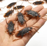 Nuevo Mixed Mini Simulation Cockroach Kids Scary Funny Toys Home Party Plastic Playful regalos envío gratis