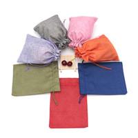 Caldo! Borsa regalo di Natale 50pcs / lot con coulisse di tela del tessuto sacchetto del panno 15x20 cm Candy Bags Wedding Party Sacchetti di favore del sacchetto di iuta regalo dei monili