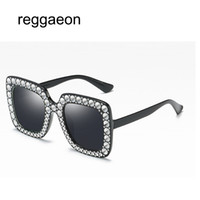reggaeon 2018 Donna Luxury Square Oversize Diamond Occhiali da sole Donna New Brand Designer Specchio Occhiali da sole Perla accessori