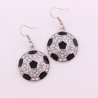 Aleación de diamantes de imitación de fútbol del fútbol del fútbol pendiente tachonado con cristal negro esmalte deporte cuelga los pendientes envío gratis