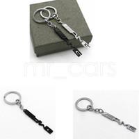 Porte-clé Auto Carte de voiture Carte de voiture Bague porte-clés AMG Badge Car emblèmes pour Mercedes Benz A45 SLS AMG E63 GGA521