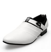 Nova Primavera Outono Homens Sapatos De Casamento Formal de Luxo Homens Sapatos de Vestido de Negócios Dos Homens Mocassins Apontou Toe Sapatos