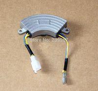 혼다 GX160 GX200 168F 170F 2KW 3KW 발전기에 대한 AVR 초승달 모양 3KVA 2KVA 자동 전압 조정기 안정 전압