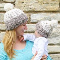 بوم بوم قبعة الوالدين والطفل قبعة الشتاء الدافئة قبعات محبوك الفراء الكروشيه القبعات أمي الطفل قبعات LJJO7098
