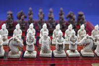 الجملة الصينية الرخيصة 32 قطعة مجموعة الشطرنج / مربع / شيان تيراكوتا المحارب